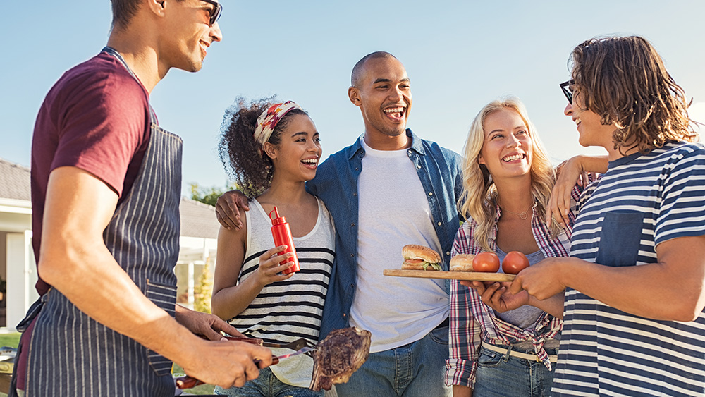 Tips for Planning the Perfect End of Summer Party in your HOA Community