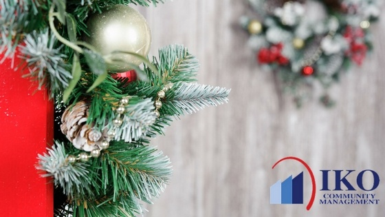 How To Compromise With Homeowners On Holiday Decorating